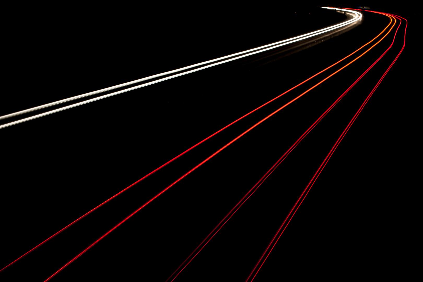 DE Autobahn bei Nacht