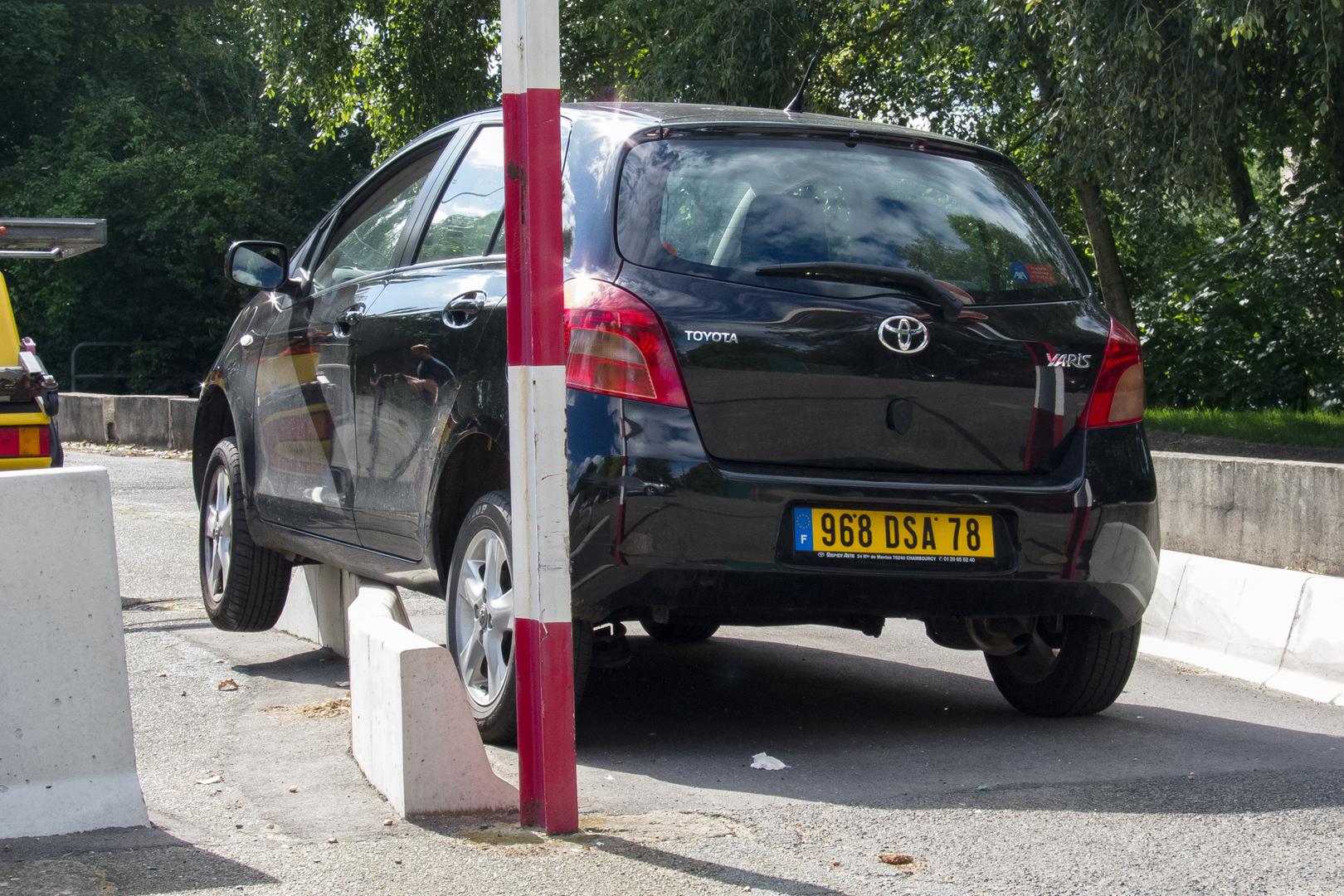 Parking à la francaise Bougival FRA